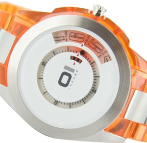 The One Uhr Turning Disc AN08G07